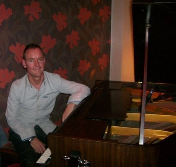 Alain Mason - Wedding and Event Pianist for Hire in Carlisle
